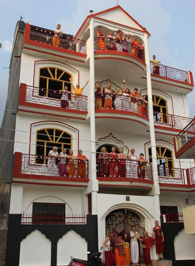ABOUT PATANJALI INTERNATIONAL YOGA FOUNDATION   Best Teacher Training School Rishikesh Uttarakhand India